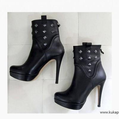 Bota Cross Heels
