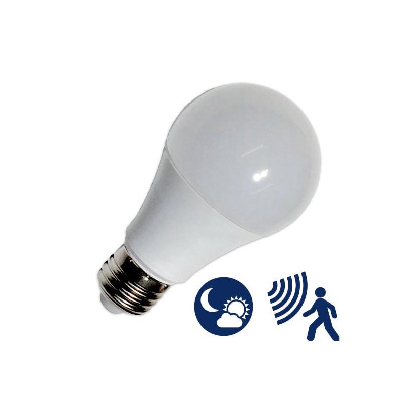 Lâmpada LED E27 10W A60 CREPUSCULAR +S.Movimentos