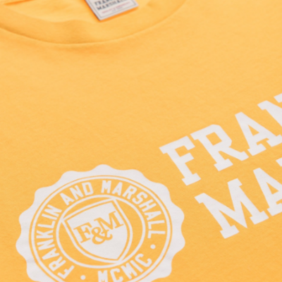 T-shirt amarela com estampa frontal Franklin & Marshall