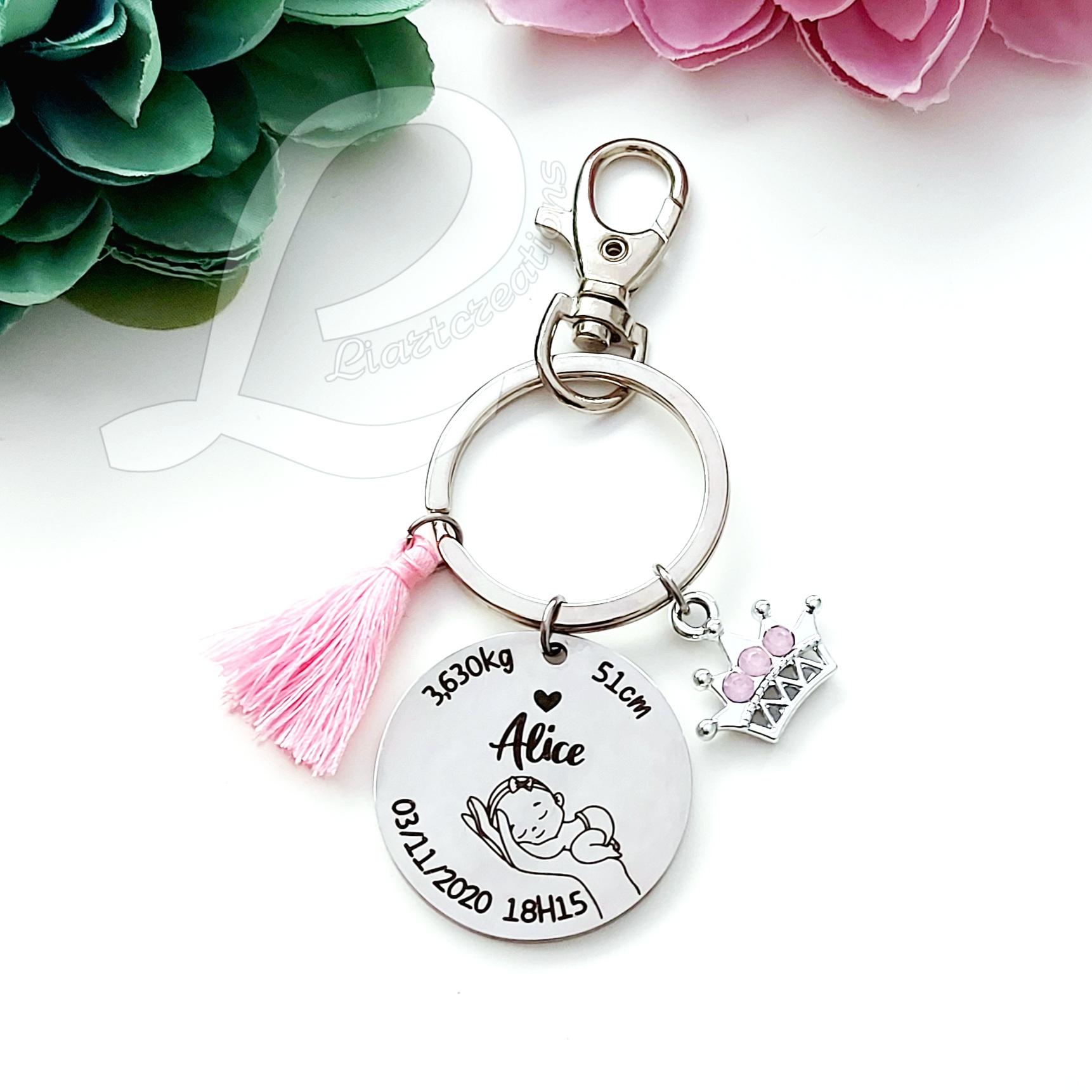 Porta-chaves com dados de nascimento + coroa