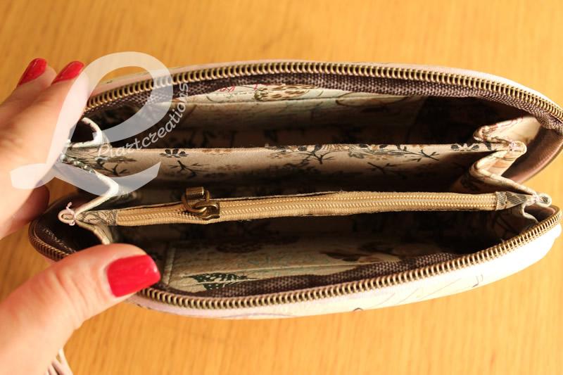 Bolsa de Mão Lilás com Alça