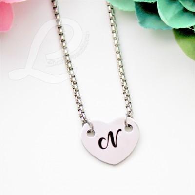 Colar c/coração personalizado com letra