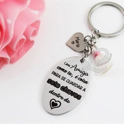 """Porta-Chaves """"Uma Amiga como tu, é coisa para se guardar a 7 chaves dentro do coração"""""""