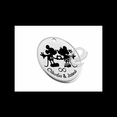 Medalha Zamak Casal de Namorados + Nomes