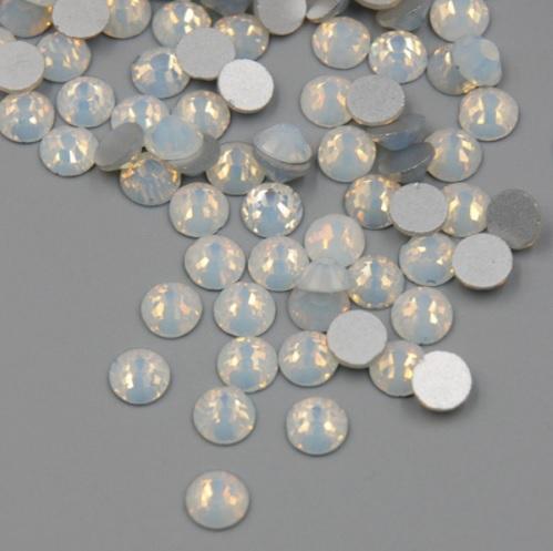 Cristais Branco Opal