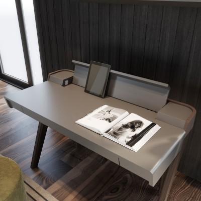 Cuatro Desk