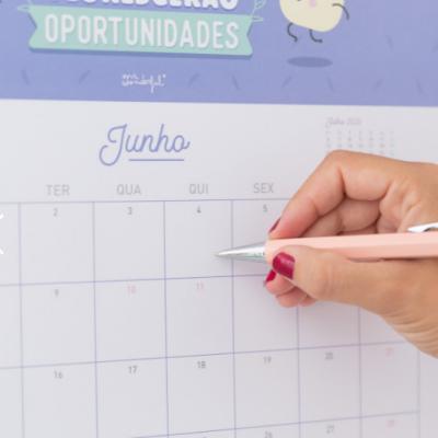 Calendário de parede 2020 - O primeiro calendário que prevê o futuro