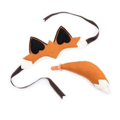 Sew Heart Felt - Disfarces! - Finlay Fox