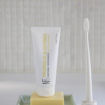 Natural Family Company - Pasta de Dentes Propólis Mirra