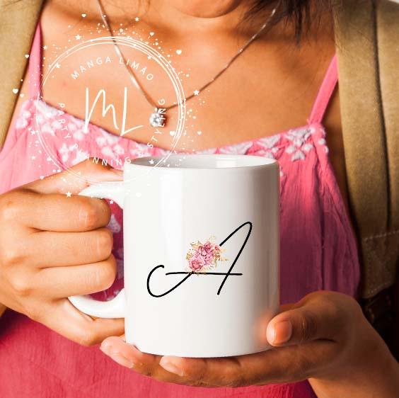 Caneca Monograma Flor Rosa