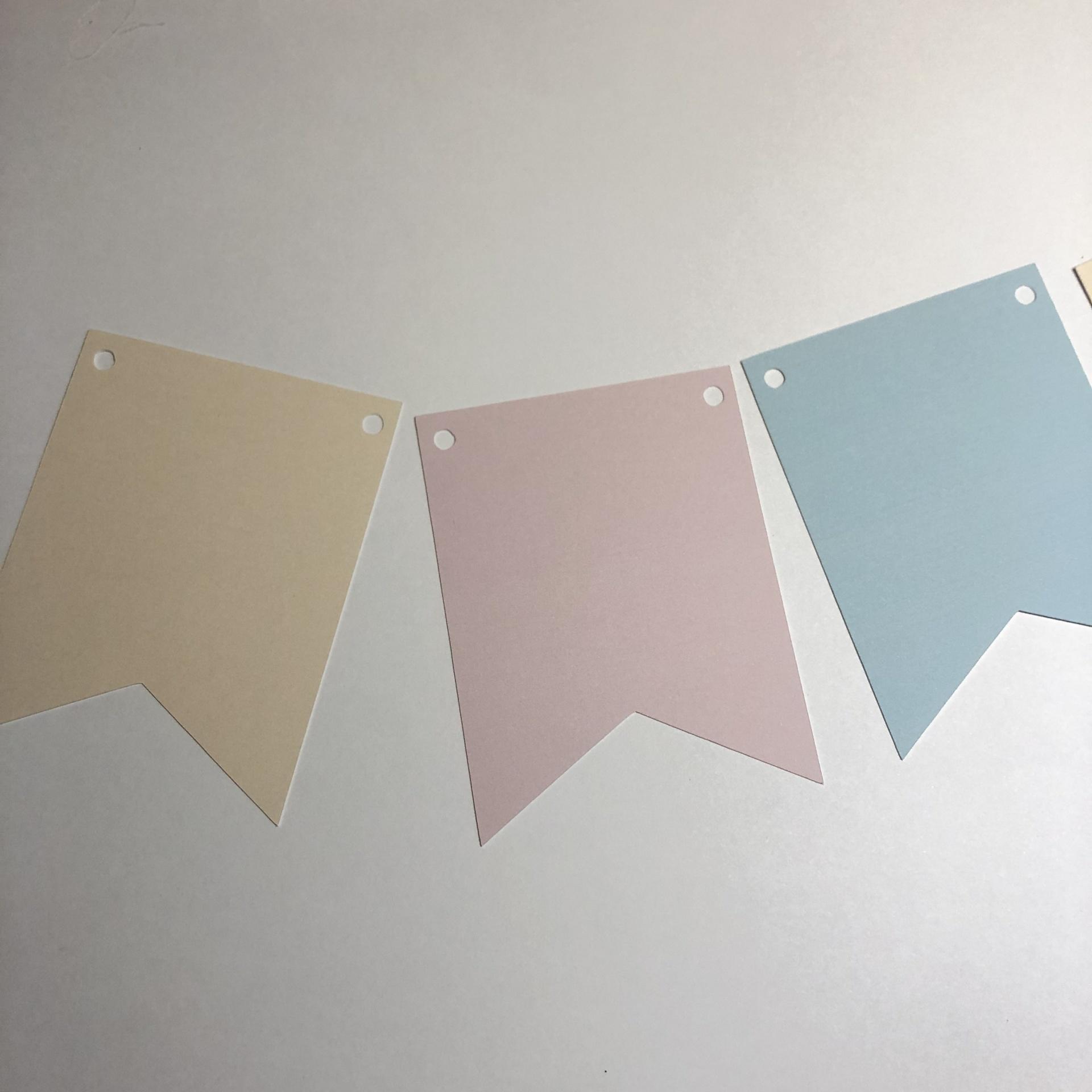 Bandeirola em tons pastel