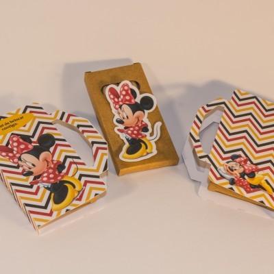 Conj. 25 Caixas de lápis de cor ( existente com vários Motivos )