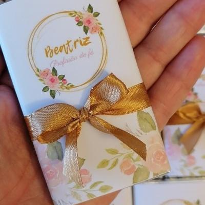 Lembranças para Profissão de Fé   Mini Chocolates 20gr com design floral