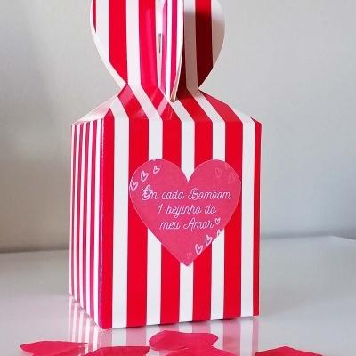 Caixa com 25 Bombons Beijinhos do Amor