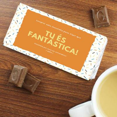 """Chocolate """"Tu és Fantástica/o"""" com votos de Feliz Aniversário! - Personalizável"""