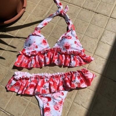 Bikini com folhos - Flores grandes