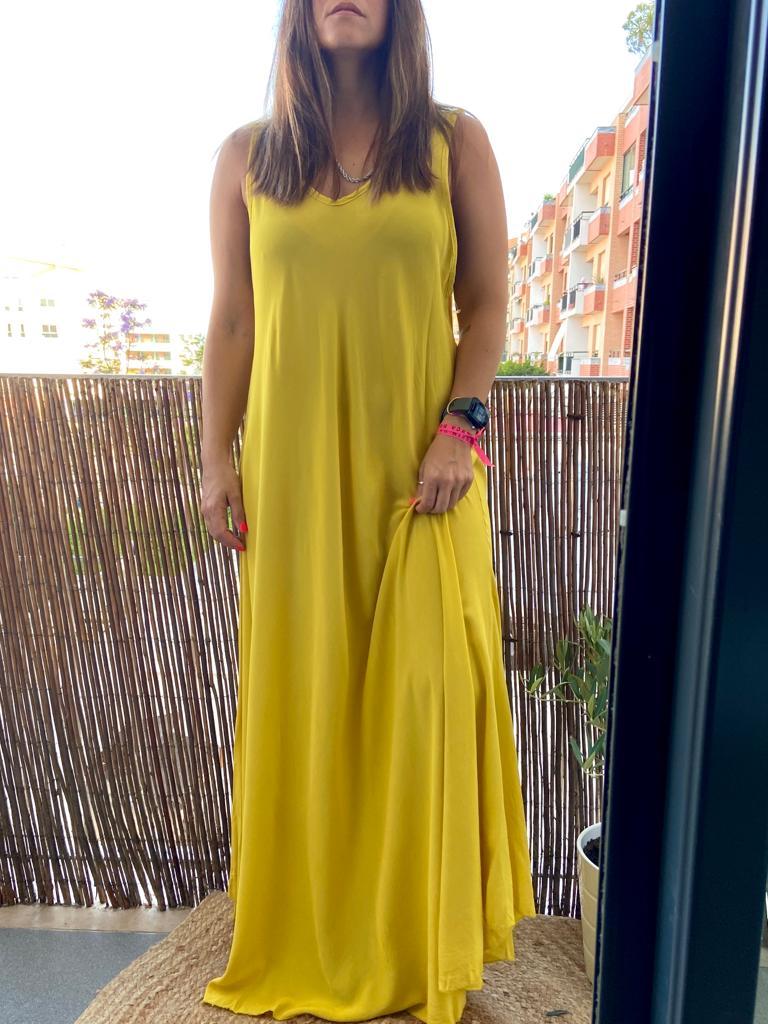 Vestido Liso Comprido   Amarelo