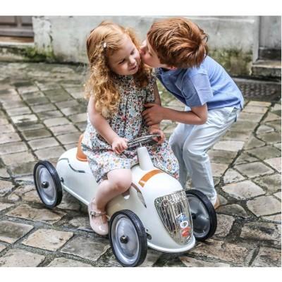 Rider Peugeot 402
