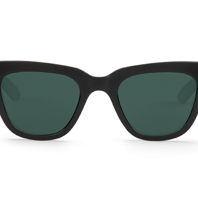 LETRAS | BLACK with classical lenses