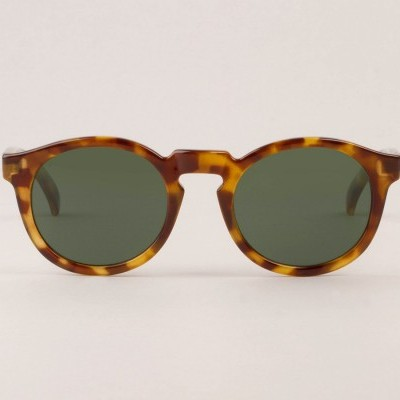 JORDAAN | HC TORTOISE with classical lenses
