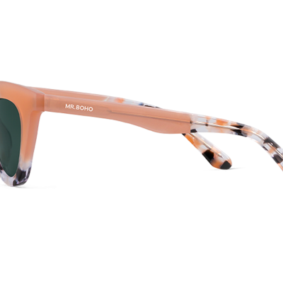HAYES | POWDER/BLOOM with classical lenses