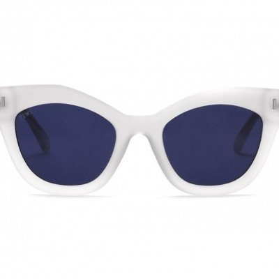 NISSA | RUBBER ICE WITH BLUE LENSES