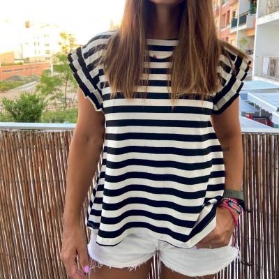 T-Shirt Riscas | Preto
