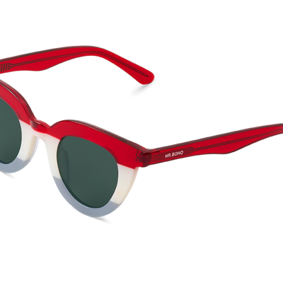 HAYES | SAILOR with classical lenses