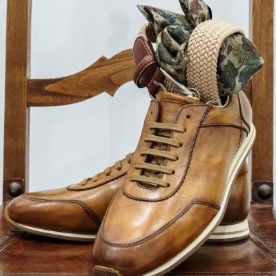 sneakers em pele
