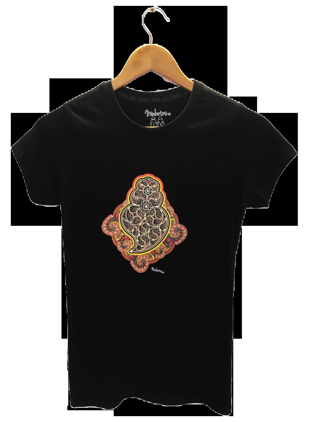 Tshirt Coração de Filigrana com Lenço