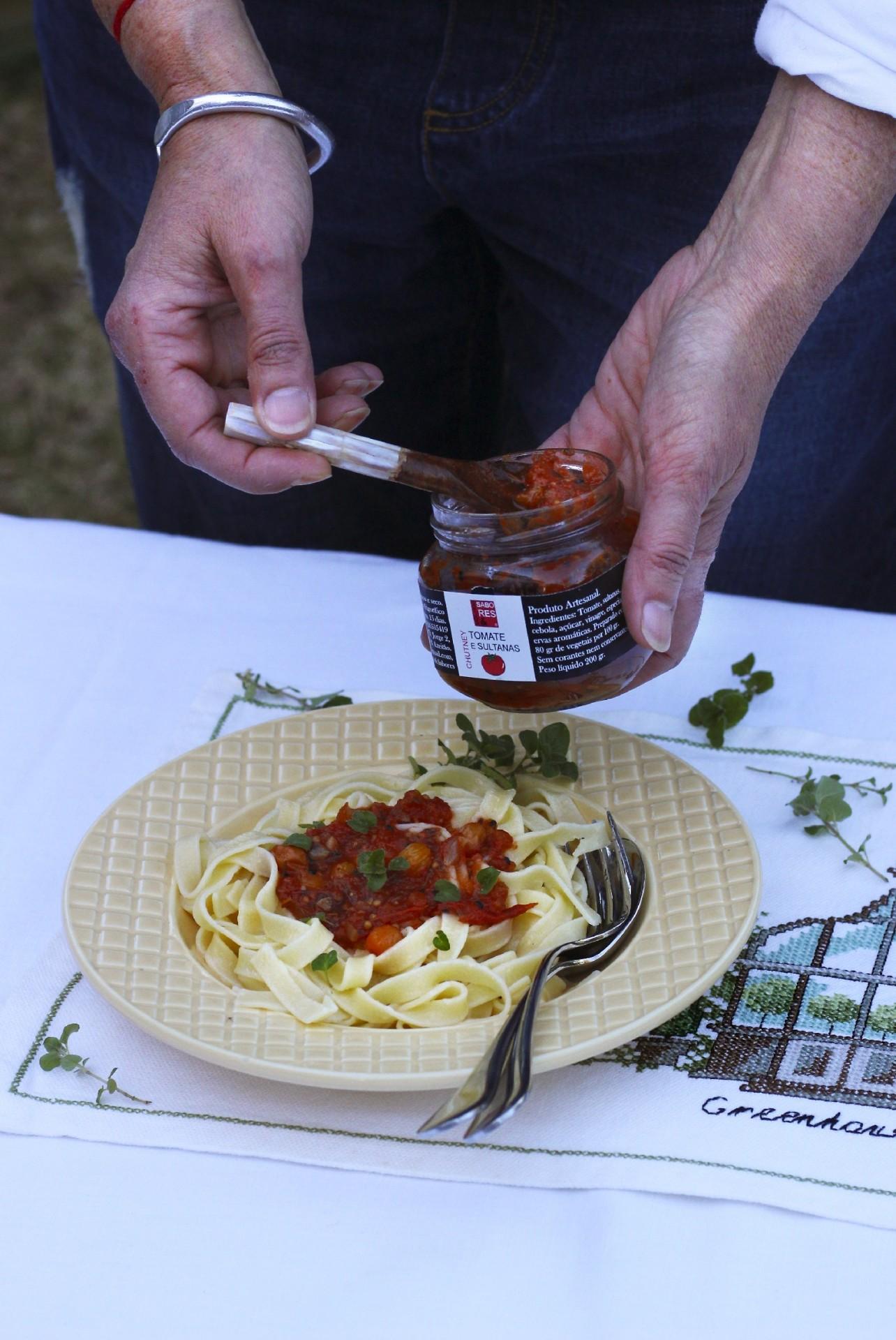 Receita  Tagliatelle com Chutney de Tomate