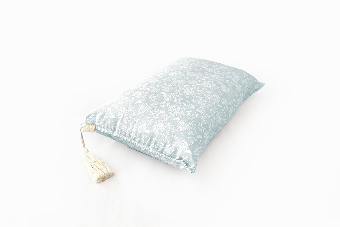 Peep Pillow - Pearl Nature