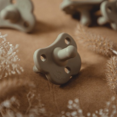 Missy Pacifier - Taupe