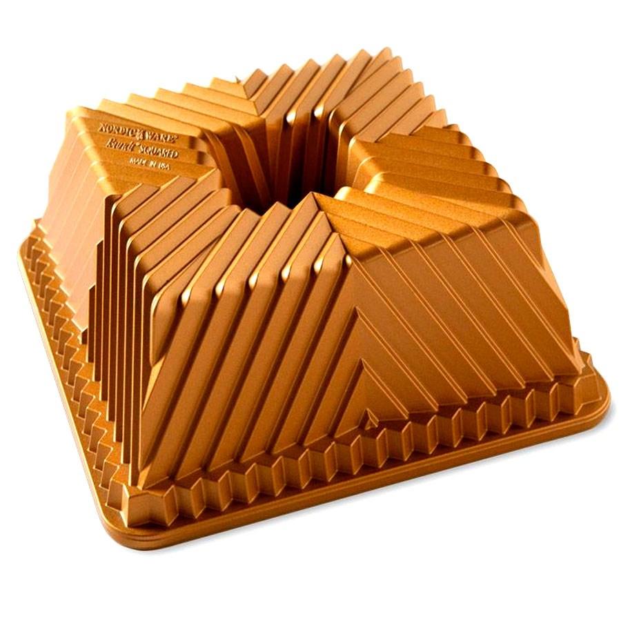 Forma Bundt Square Gold