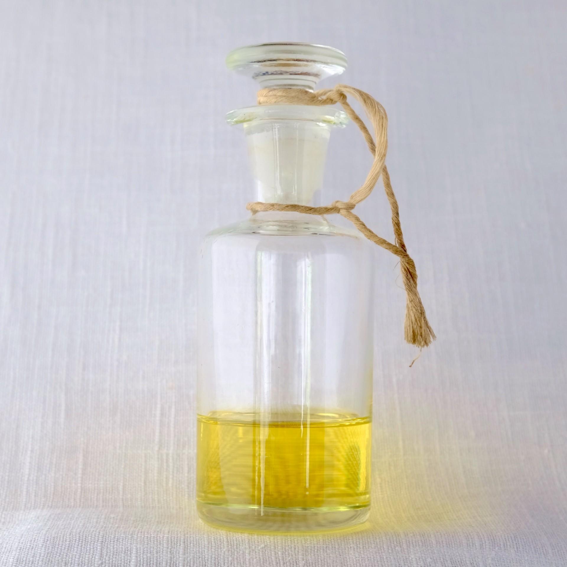 Óleo essencial/ Essential oil