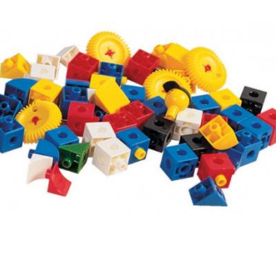 20 cubos com 2 e 3 pinos