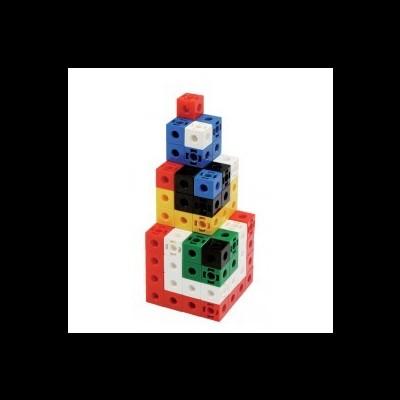 Cubos de encaixe coloridos