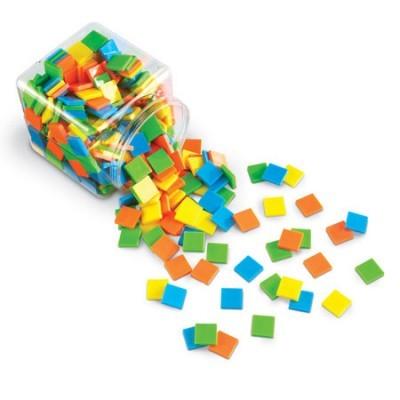400 peças quadradas coloridas