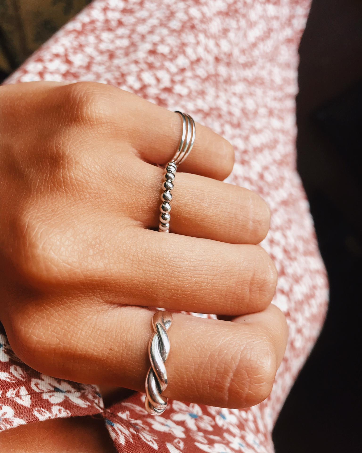 Anéis em prata - Roberta