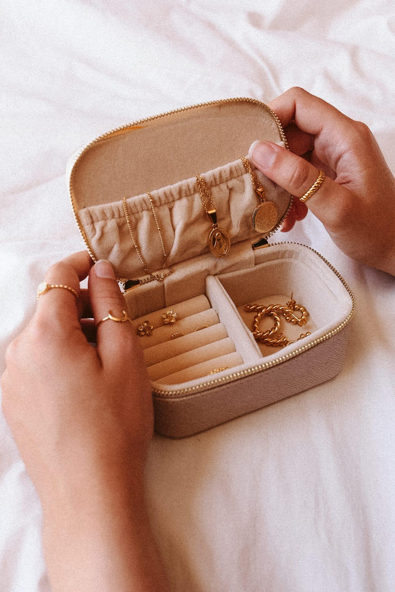 Jewelry Case - Large