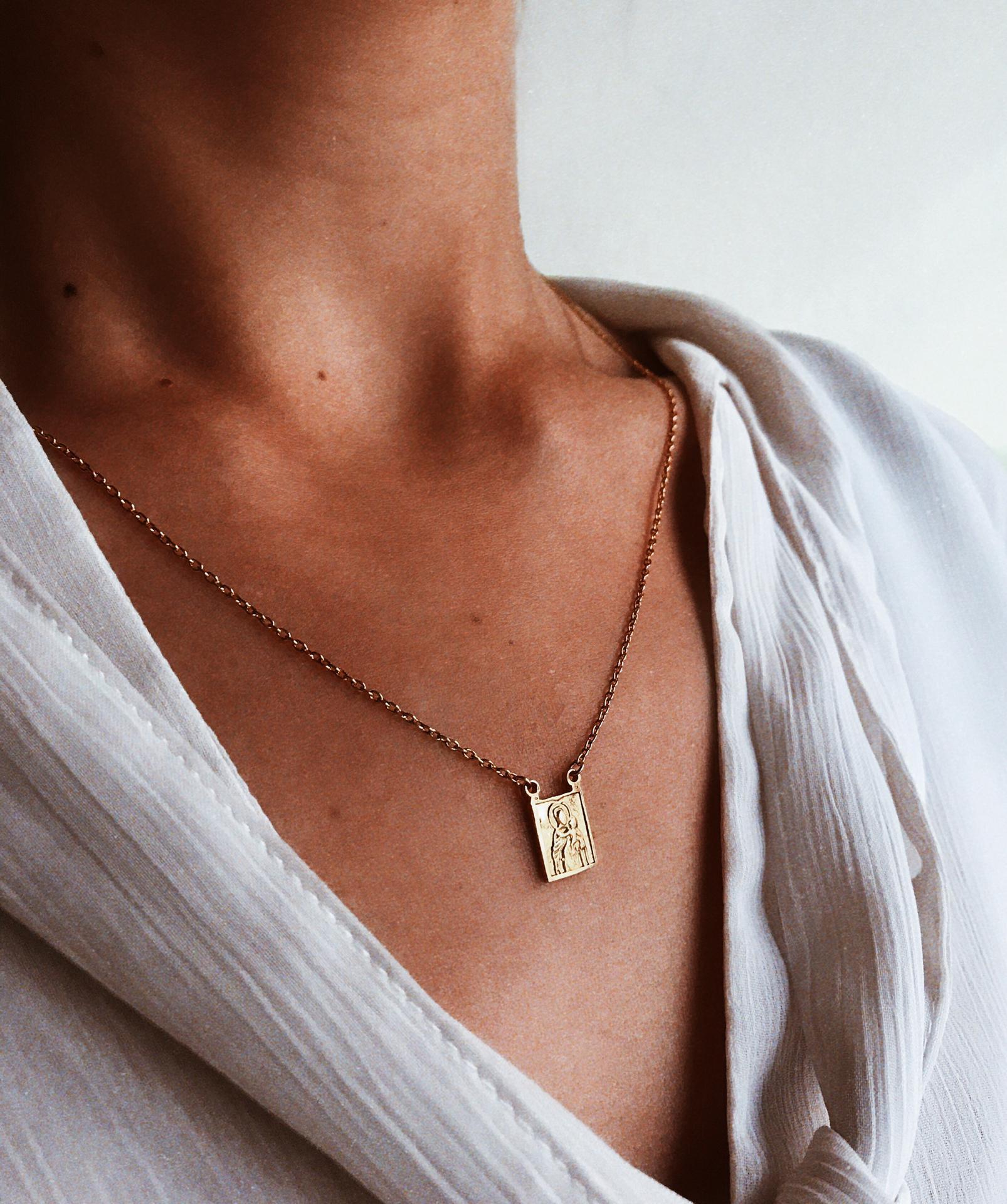 Escapulário em Prata dourada - Sagrado Coração de Jesus