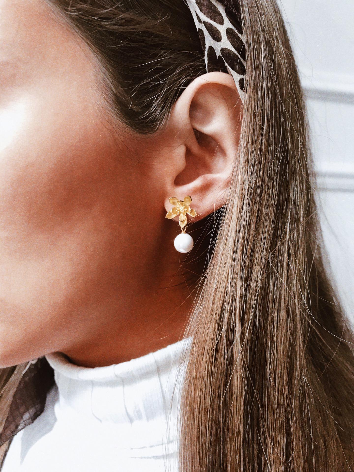Brincos em cobre - Pearl Flowers