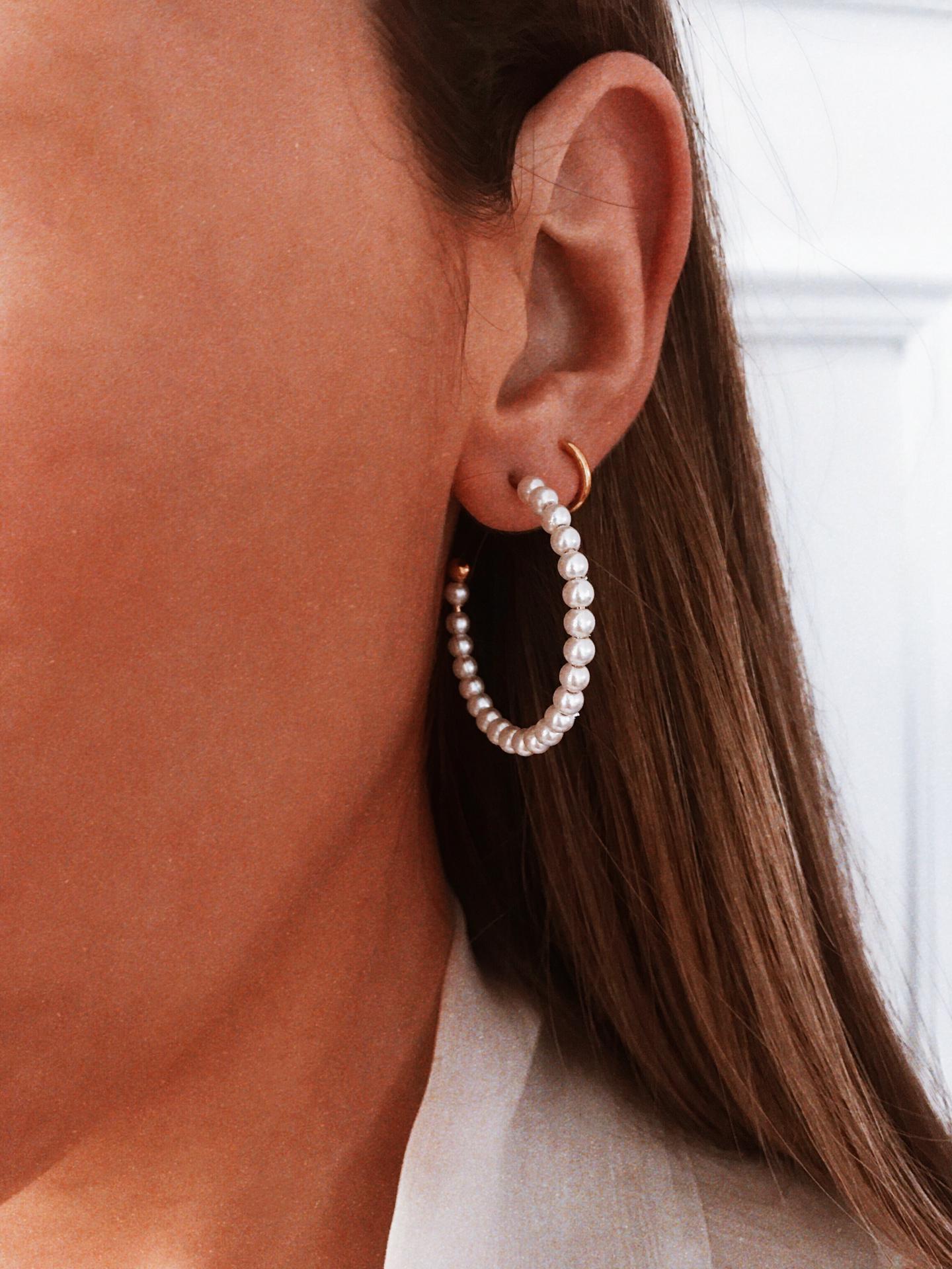 Argolas em aço - Pearls