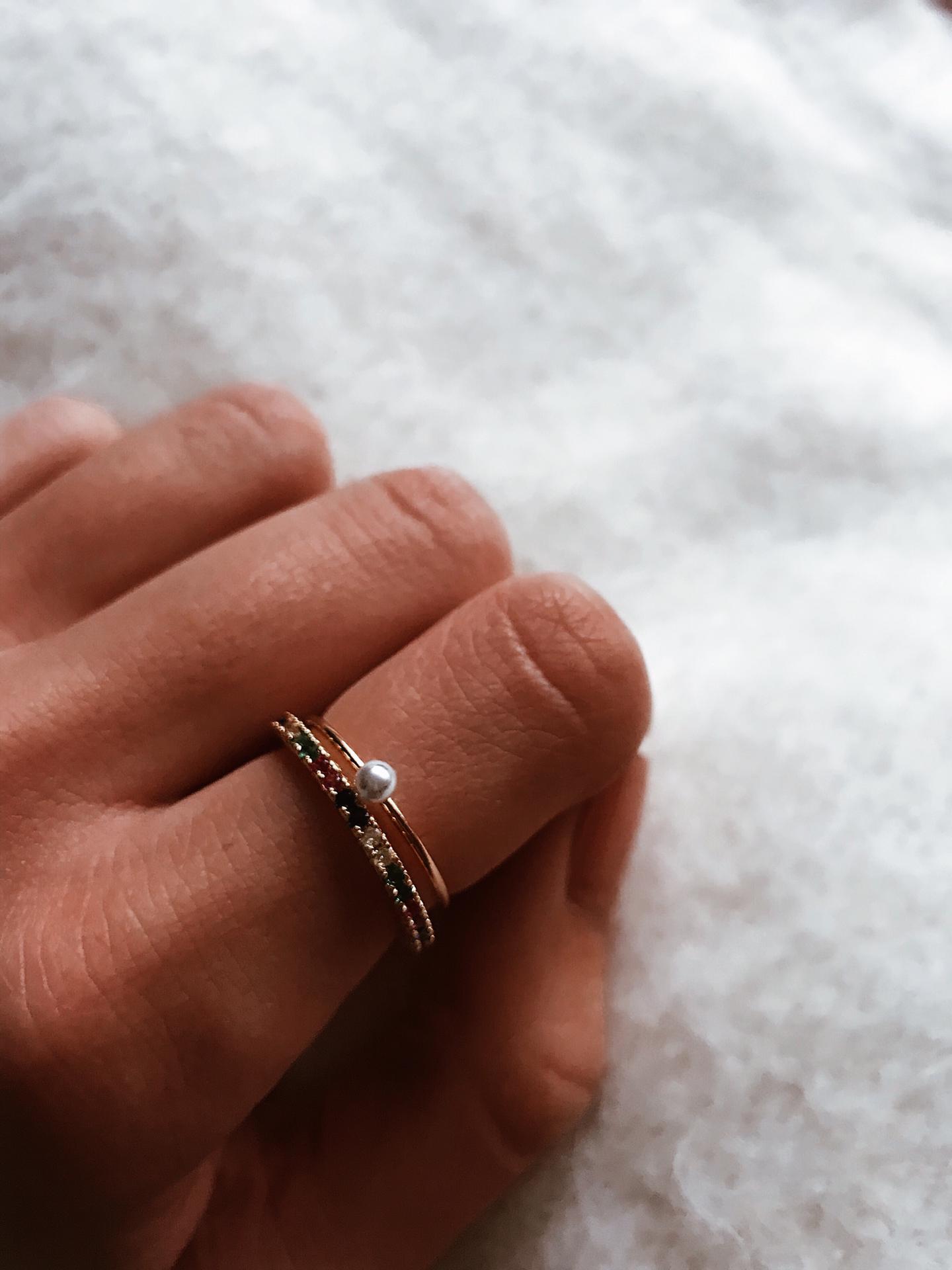Anéis dourados - Cat