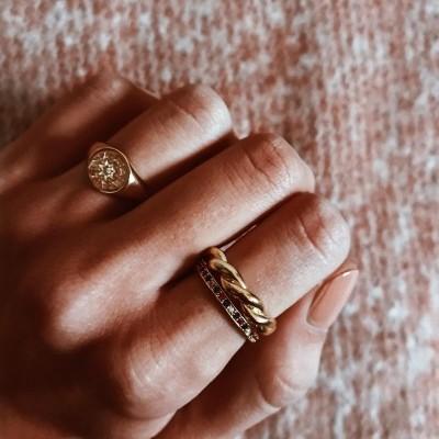 Anéis em prata dourada - Josslyn