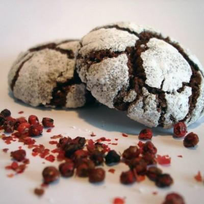 Bolinhos de Chocolate e Pimenta Rosa