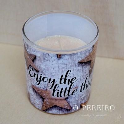 """Vela c/ aroma """"Enjoy the Little Things"""" em frasco de vidro"""