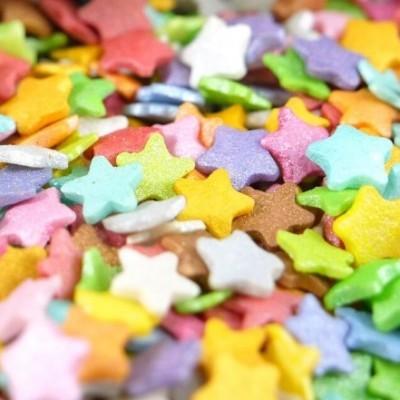 Confetis Açúcar Estrelas Coloridas Médias