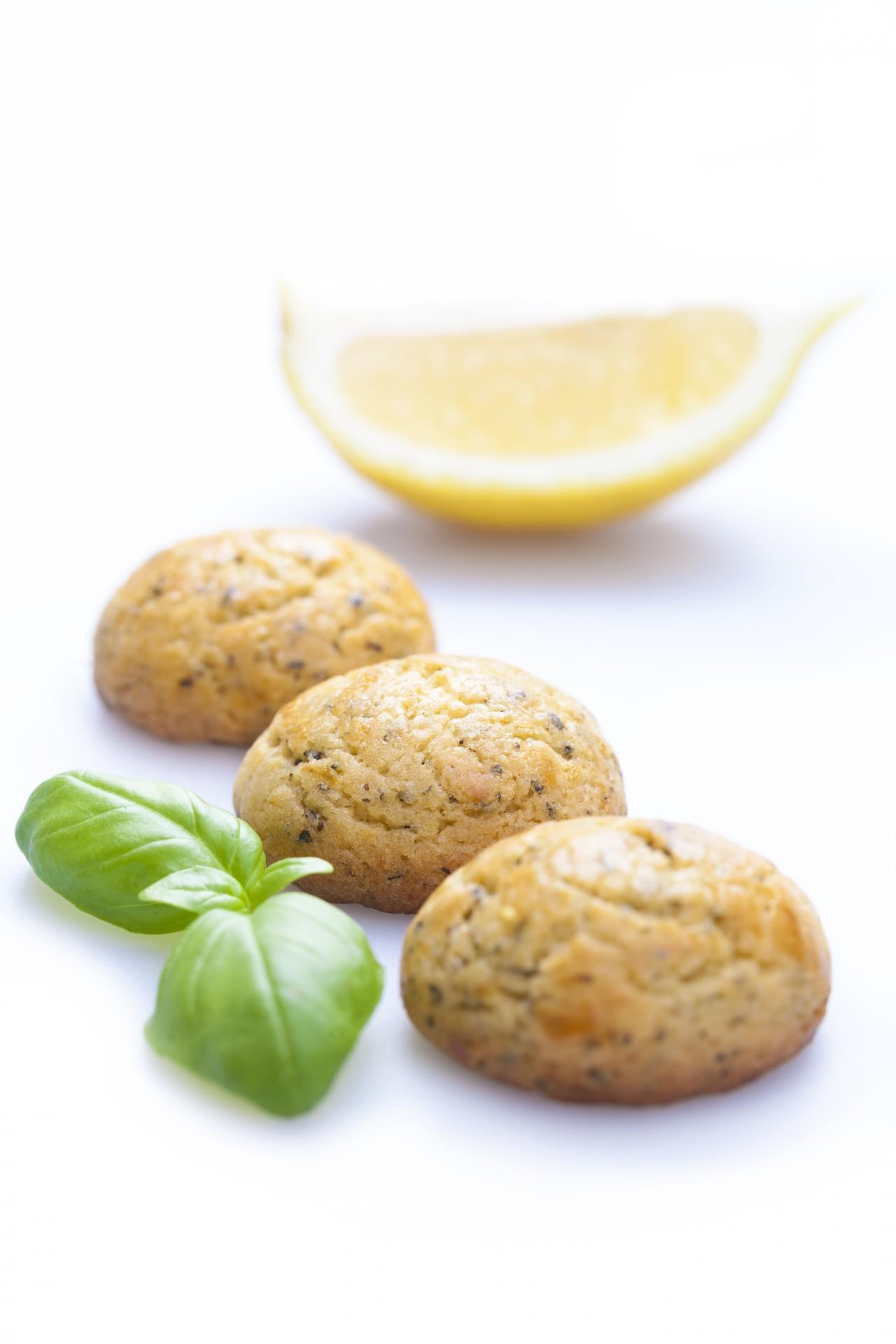 Bolinhos de Azeite, Manjericão e Limão