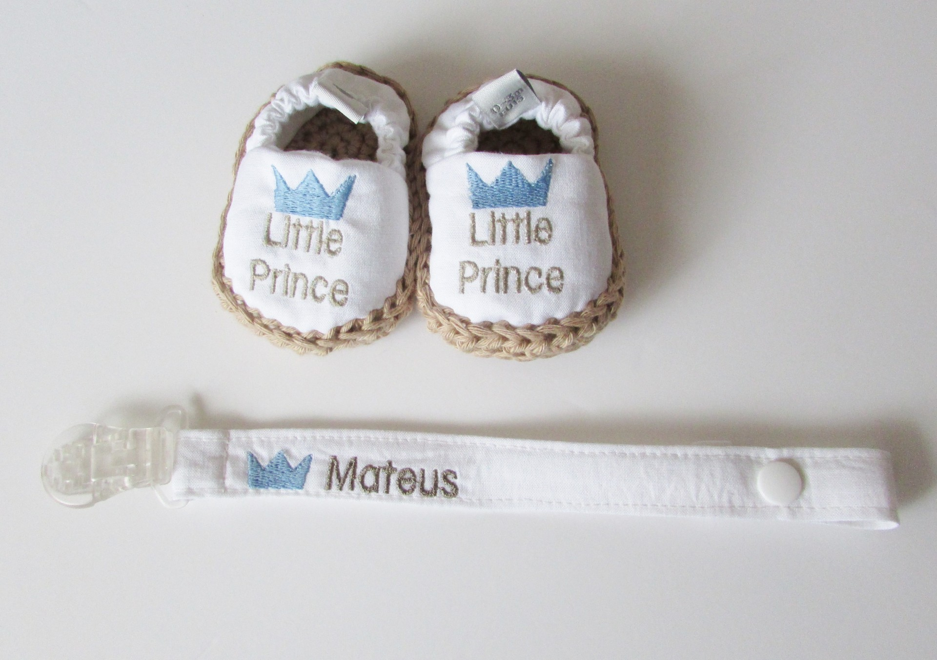 Conjunto Little Royalty - fita + sapatinhos
